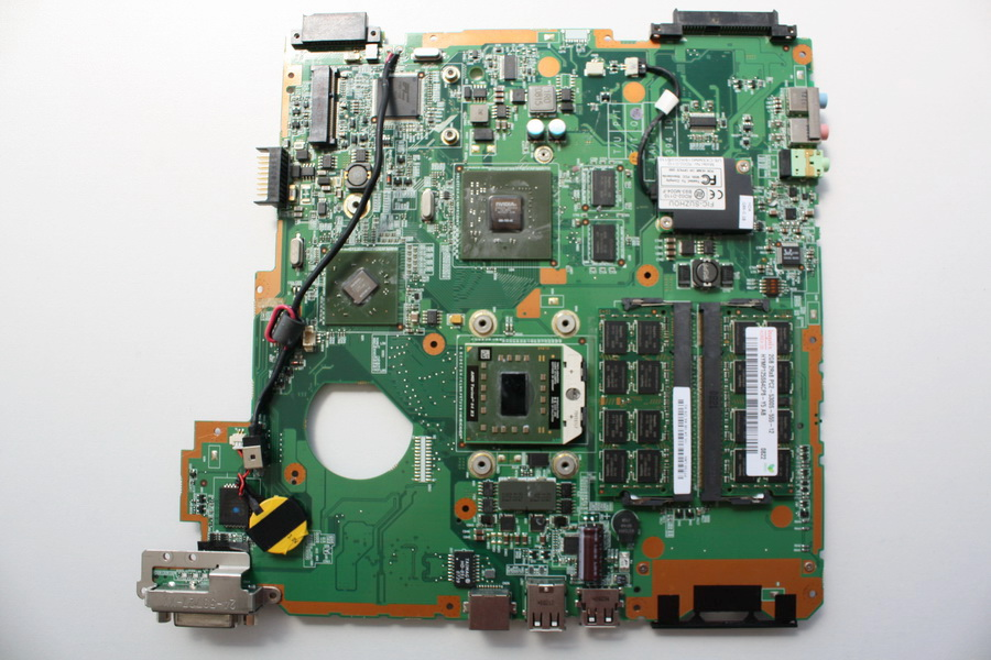 Carte M�re Fujitsu / Siemens Amilo PA2548 + CPU INTEL + RAM